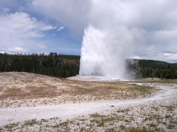 Old Faithful in Yellowstone National Park, Wyoming